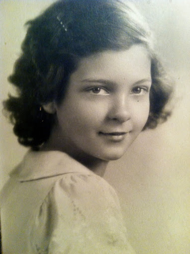 mom age 10